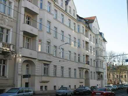 4-Zimmer-Wohnung in Gohlis Süd mit neuer Einbauküche