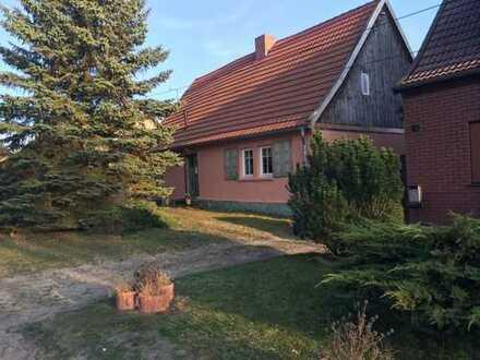 Poratz, altes Fachwerkhaus in der idyllischen Schorfheide