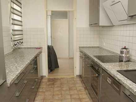 Blumberg: Sehr gepflegte 3,5- Zimmerwohnung mit Stellplatz, Keller und kl. Balkon