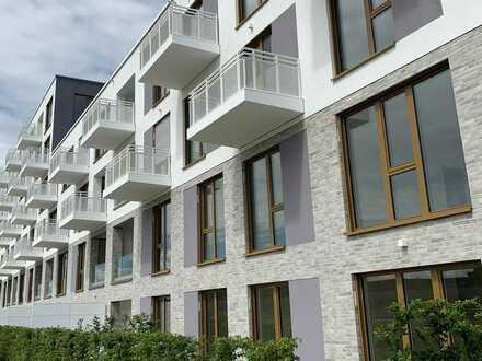 Erstbezug: Hochwertige, helle 3-Zimmer-Wohnung mit Loggia und EBK