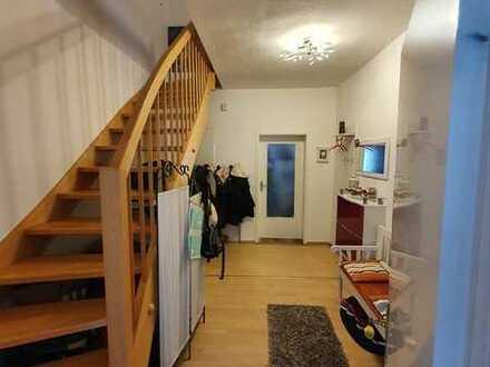 Gepflegte 5+1-Zimmer-Wohnung mit Balkon in Bad Soden-Salmünster