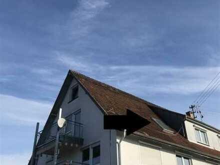 3 Zimmer Dachgeschoss Wohnung mit Balkon
