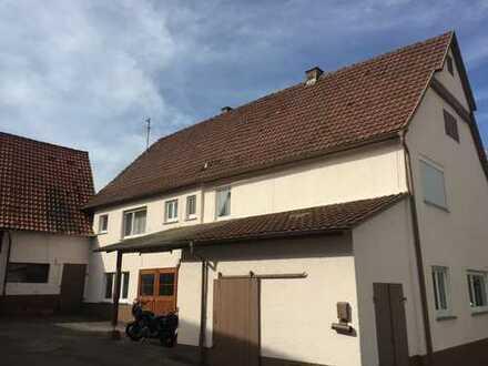 Haus mit großer Scheune und Ausbaupotential!