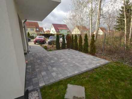 WOW! Schöne 3-Zimmer Neubauwohnung mit eigener Terrasse in familienfreundlicher Lage !!