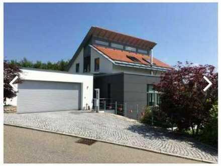 Lage - Design - Architerktur - Anspruch - Luxus -mit Einliegerbereich