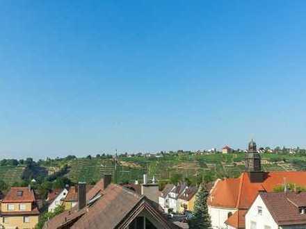 Attraktive Zwei-Zimmer-Dachgeschoss-Wohnung in ruhiger Lage von Stuttgart Münster