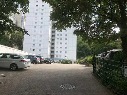 Erstbezug nach Sanierung: Traumhafte 4-Zimmer-Wohnung mit Loggia und Aufzug in Kaiserslautern