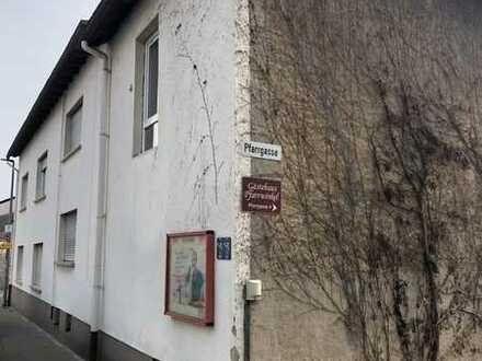 Modernisiertes 11-Zimmer-Einfamilienhaus mit EBK in Siefersheim, Siefersheim