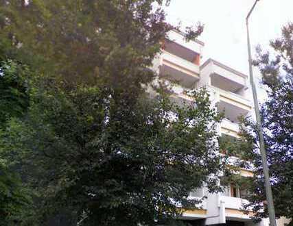 E & Co. - helle und gutgeschnittene 2 Zimmerwohnung mit 2 Süd-Balkonen