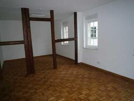 Schöne zwei Zimmer Wohnung in Main-Kinzig-Kreis, Schöneck