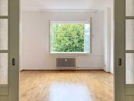 Bezugsfreie Vier Zimmer mit tollem Grundriss und Süd-Balkon! Ruhige Schmargendorfer Wohnlage!