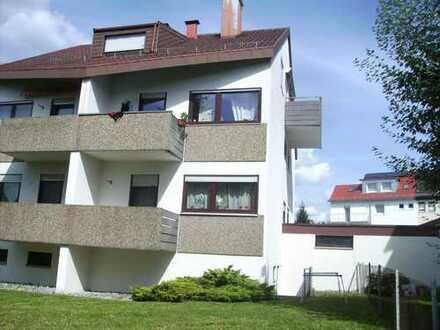 Gepflegte 2-Zimmer-Wohnung mit Balkon in Stuttgart - Luginsland