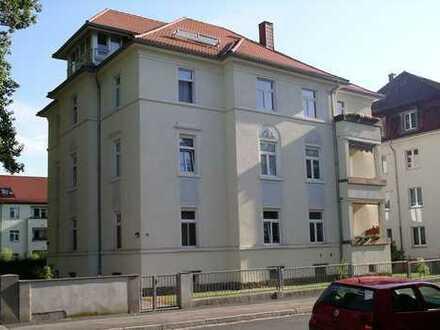 Renovierte 2-Zimmer-Küche-Bad-Wohnung in Dresden- Cotta