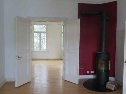 Südstadt, großzügige, renovierte, 6-Zimmer-Maisonette-Altbau-Wohnung