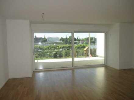 Top-Lage von Bonn-Beuel direkt am Rhein! Luxuriöse 3-Zimmer-Wohnung mit riesigem Balkon!