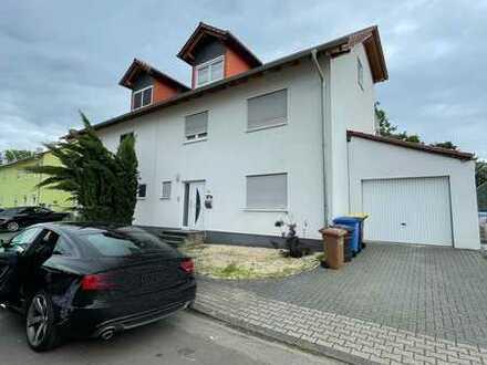 *Privat* Moderne Doppelhaushälfte