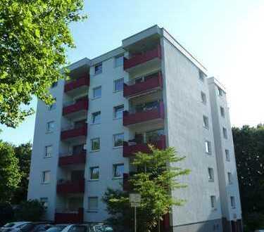 Freundliche und helle 2-Raum-Wohnung mit Balkon