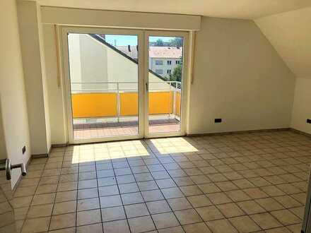 3-Zimmer Dachgeschosswohnung im Herzen von Wellinghofen