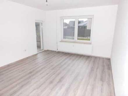 Erstbezug nach Sanierung +++ Erdgeschoss+3 Zimmer+Küche+VOLLBAD+BALKON +++NEU RENOVIERT