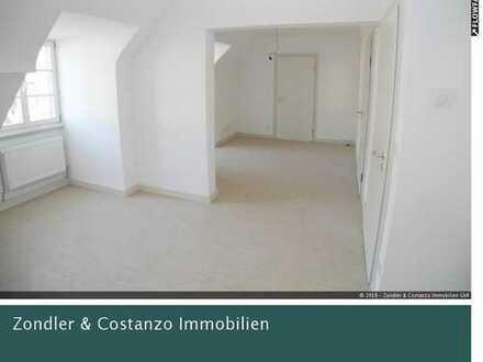 *Erstbezug n. Sanierung* * schöne 3,5-DG-Wohnung mit EBK in S-Obertürkheim