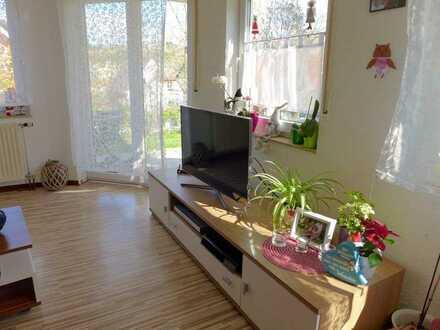 Gepflegte Wohnung mit dreieinhalb Zimmern und Terrasse in Mühlacker-Dürrmenz
