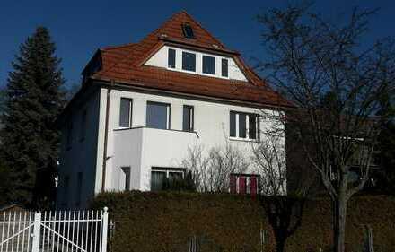 Helle 3-Zimmer-Wohnung, zentral in Berlin-Hermsdorf