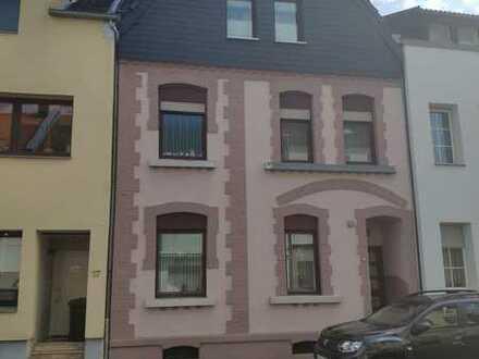 Solides 1 - 2 Familienhaus in Mönchengladbach Hoher Berg