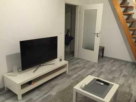 2 Zimmer Maisonette Wohnung (komplett saniert, mit Küche, Balkon und Tiefgarage)