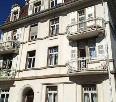 Baden-Baden - DACHGESCHOSS Blick zur Allee 3-Zimmer-Whg mit Küche, BAD, Gäste WC