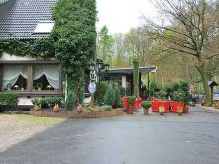 Traditionsrestaurant mit viel Flair mitten im Grünen