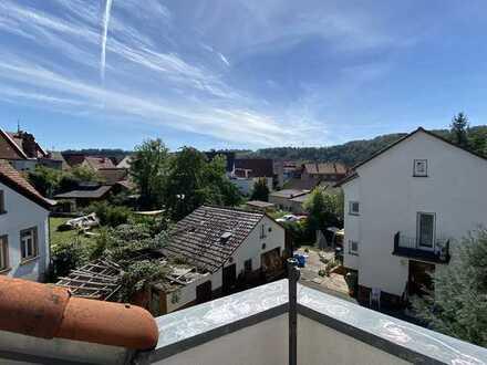4 ZKB Maisonette Wohnung in ruhiger Lage mit Balkon