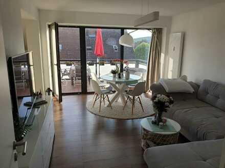 Exklusive, neuwertige 3-Zimmer-Wohnung mit Balkon in Nierstein