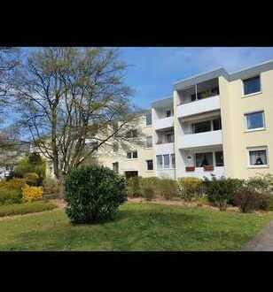 Erstbezug nach Sanierung: ansprechende 3-Zimmer-DG-Wohnung mit Balkon in Bremen