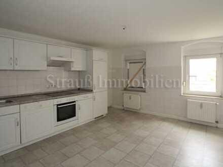 Gemütliche DG-Wohnung mit Einbauküche...Laminat...Stellplatz...