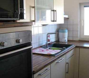 Hereinspaziert: Sonnige 3-Zi.-DG-Wohnung in Oberjesingen
