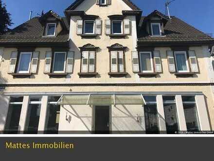 Zwei Wohn- und Geschäftshäuser mit Lagerhalle im Zentrum von Reichenbach