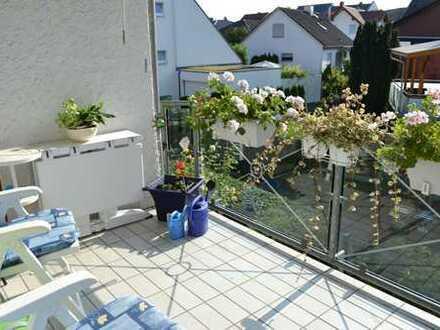 Schöne 3 ZKB-Wohnung mit Balkon und Stellplatz in MZ-Ebersheim