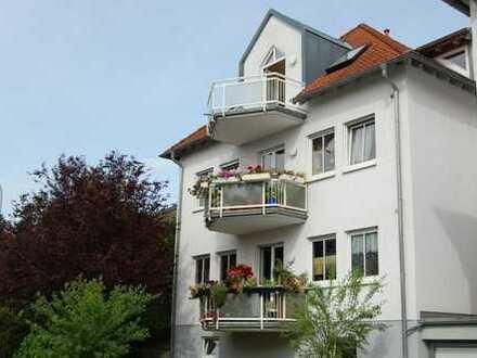 (Provisionsfrei) Bestlage Lehmkaute: Ganz oben mit 2 Balkonen und Taunusblick