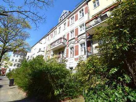 Vermietete 1 Zimmer DG-Wohnung als Kapitalanlage in Friedenau
