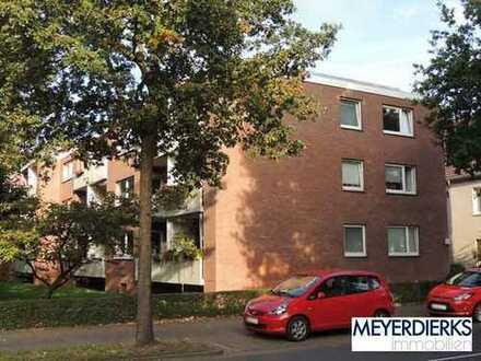 Osternburg - Cloppenburger Straße: 2-Zimmer-Erdgeschosswohnung mit Balkon in verkehrsgünstiger