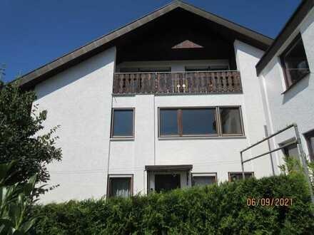 Gepflegte 5-Zimmer-Wohnung mit Balkon in Wildberg-Gültlingen