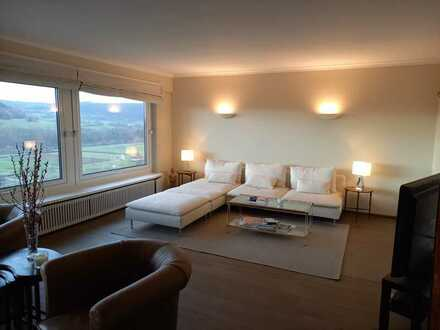 Mehrgenerationenhaus mit toller Neckar-Aussicht in Neckarzimmern