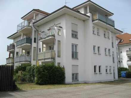 Schicke 3 Raum-Wohnung mit Balkon