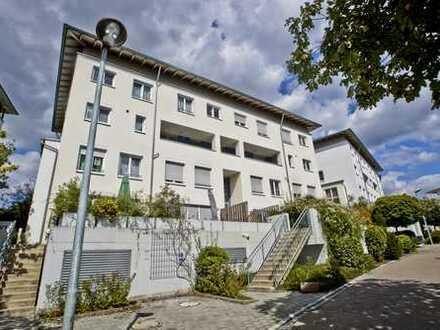 Attraktive Maisonette Wohnung mit zwei Badezimmern und Gartenanteil zu vermieten!