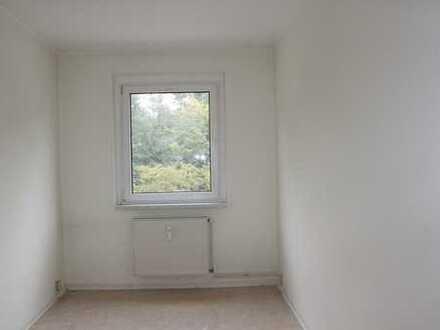 NEU renovierte 2-Raum-Wohnung ---plus 500 € Umzugskostenhilfe---