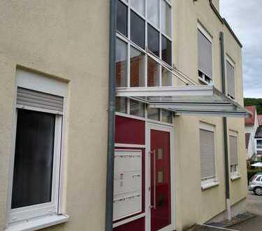 Gepflegte 3-Zimmer-Wohnung mit Balkon und EBK in Bad Bergzabern