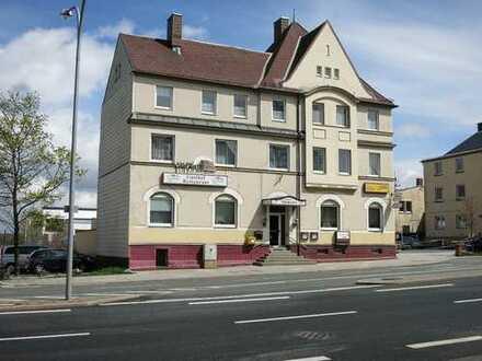 Wohn- und Geschäftshaus (Pension und Gaststätte) in verkehrsgünstiger Lage von Hof
