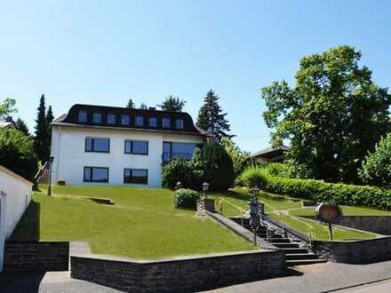 Bernkastel-Kues: Stilvolles Hotel mit 9 Gästezimmern und Betreiberwohnung in exklusiver Lage