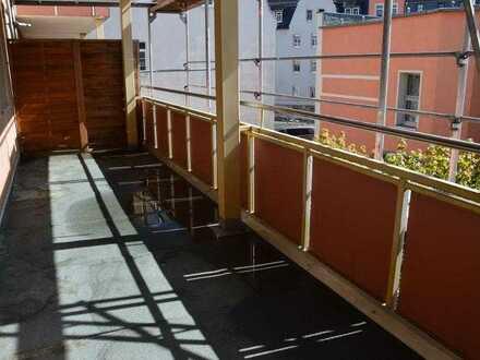 Große 4-Raum-Wohnung mit schönem Balkon im Herzen von Lichtenstein