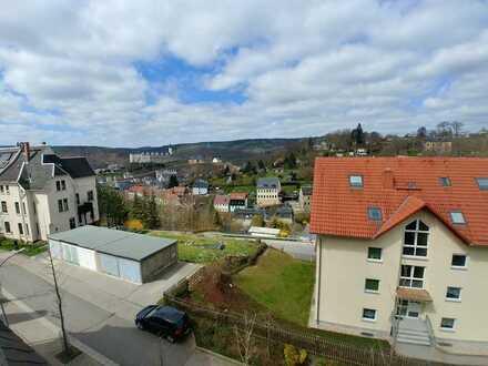 Große Maisonette-Wohnung mit Balkon